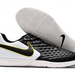 Nike Tiempo Legend VIII Club IC Black White Green 39-45